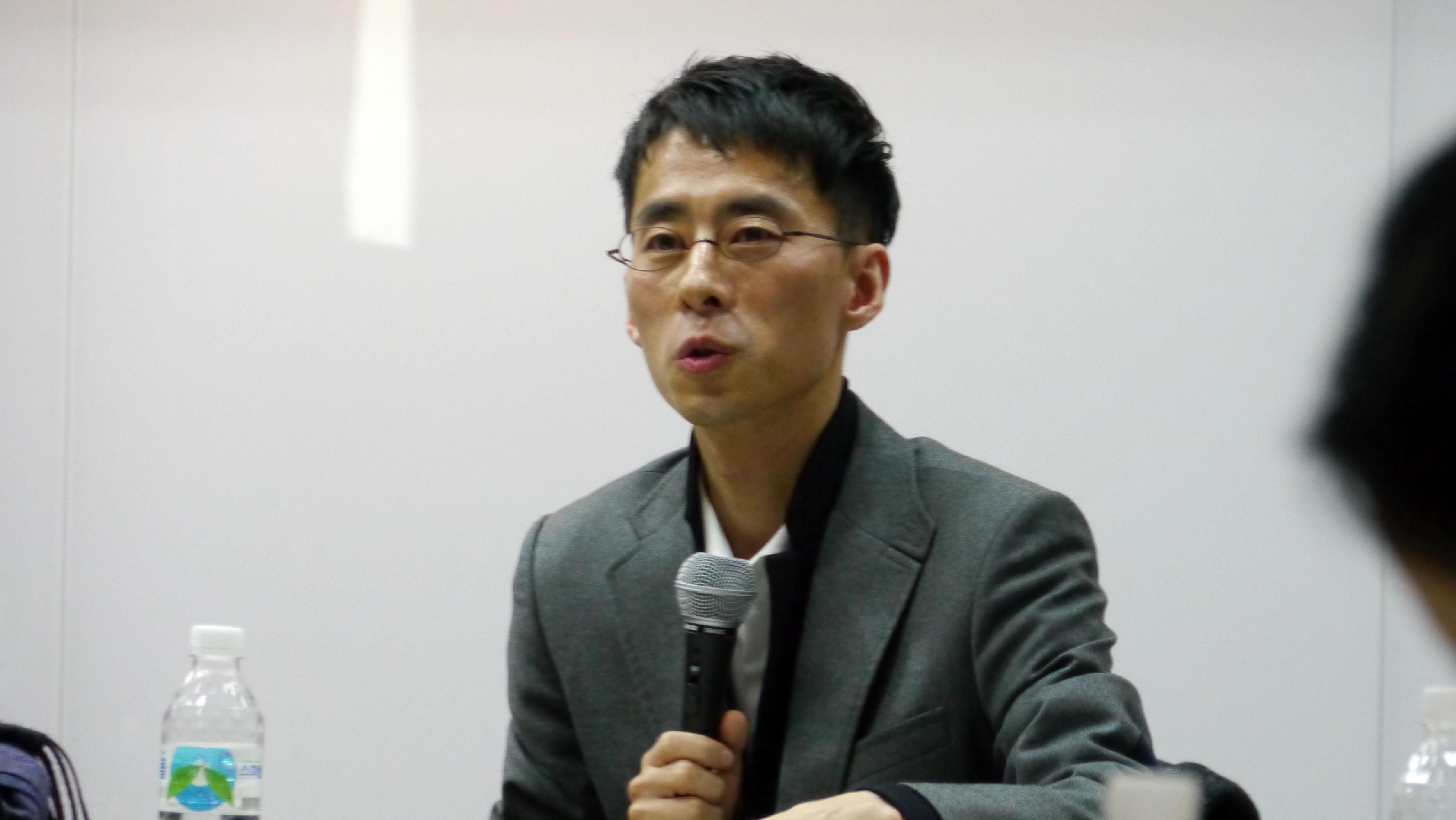 [0129] 마트 노동자 토론회_09.JPG